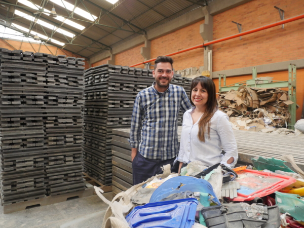 Oscar et Cristina, fondateurs de Conceptos Plasticos